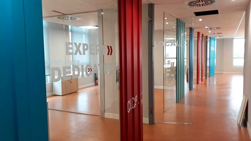 rotulación de oficinas en Barcelona