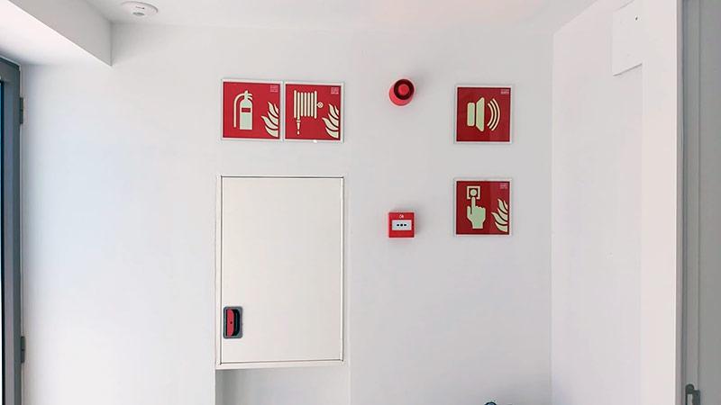 señalética anti incendios y emergencias