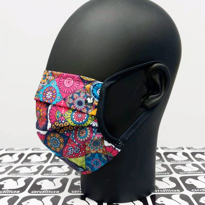 mascarilla estilo hippy