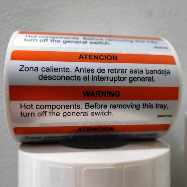etiqueta poliéster plata a dos tintas