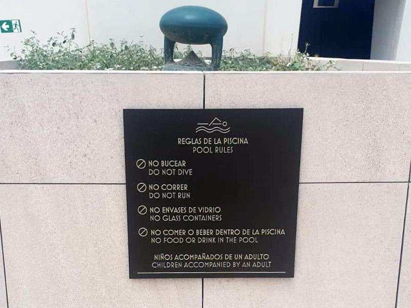 señalización de seguridad para piscinas